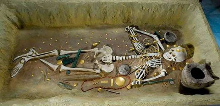 Тайна самого древнего золота мира-13 фото-