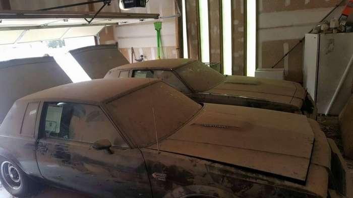 Редкие близнецы Buick провели в гараже 30 лет-12 фото-