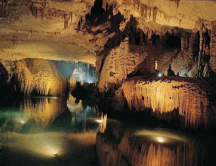 10 самых впечатляющих пещер мира-10 фото-