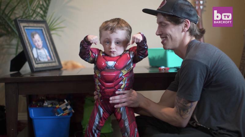 Кости этого малыша могут сломаться даже от сильного чихания, но он все еще жив благодаря своей силе-15 фото-