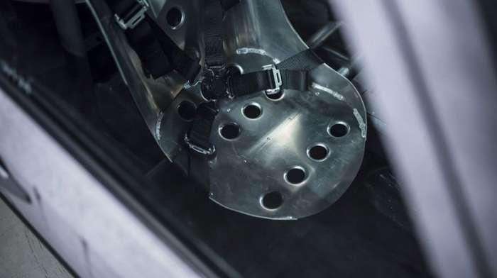 Мерседес с металлическим салоном сварщика из Бельгии-24 фото-