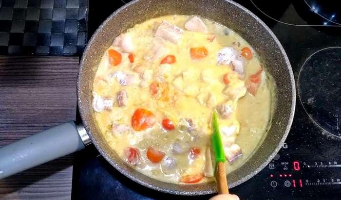 Рыбное карри. Белая рыба под кокосовым соусом карри-8 фото-
