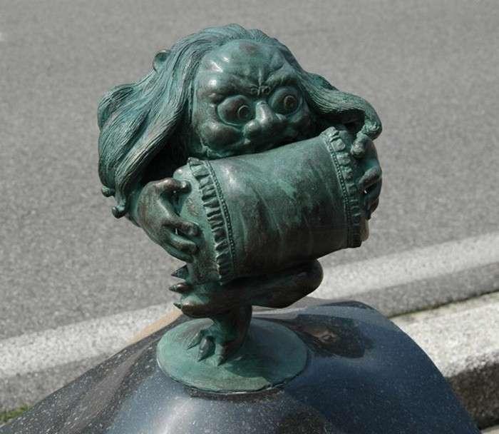 Странные существа японского фольклора или Баба Яга и Кащей Бессмертный курят в сторонке-11 фото-