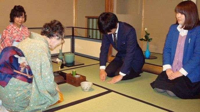 10 удивительных и шокирующих фактов о жизни в Японии-11 фото-