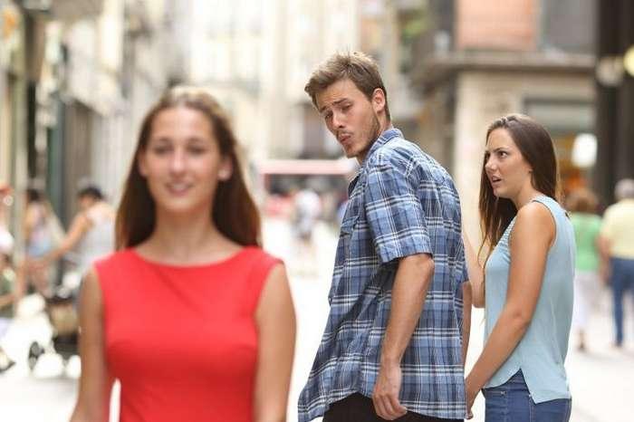 Ждун, -потому что у меня лапки- и другие самые популярные мемы 2017 года-20 фото + 1 видео-