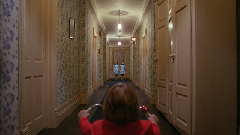 Очень странные дела в отеле Стэнли. Новые призраки в самом жутком американском отеле-10 фото-