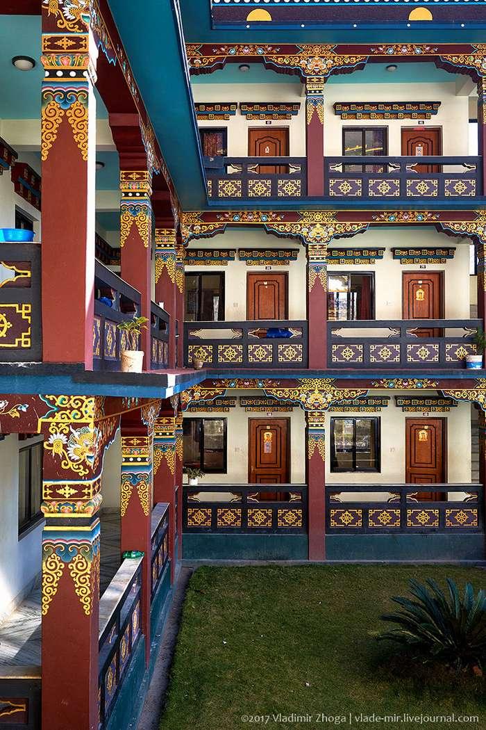 Тибетский монастырь XXI века-10 фото-