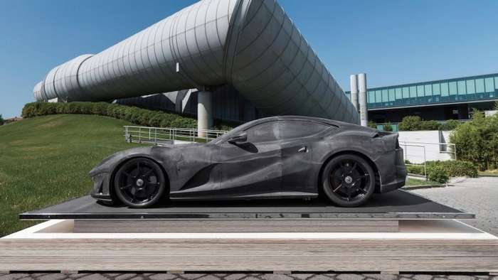 Макет Ferrari продали за баснословную сумму-11 фото-