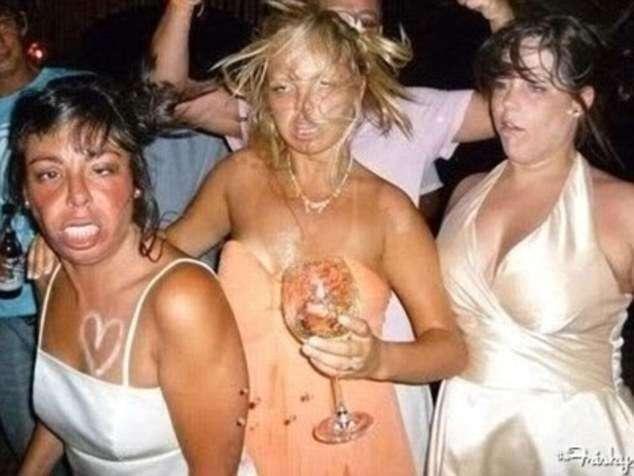 Порадуйтесь, что это не ваши свадебные фотографии!-13 фото-