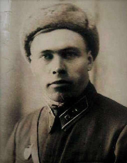 Миф о сержанте Павлове. Уходил ли знаменитый герой Сталинграда в монастырь?-11 фото-
