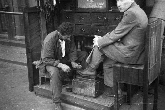 Куда пропали чистильщики обуви?-17 фото-