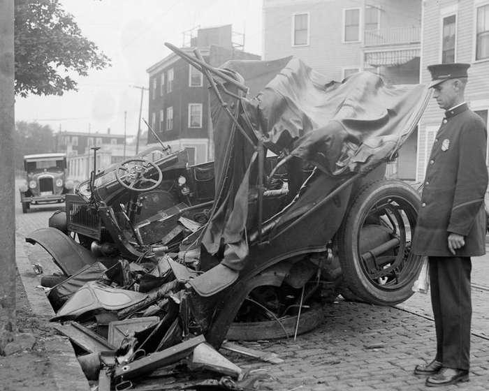 Ретро-аварии прошлого века-23 фото-