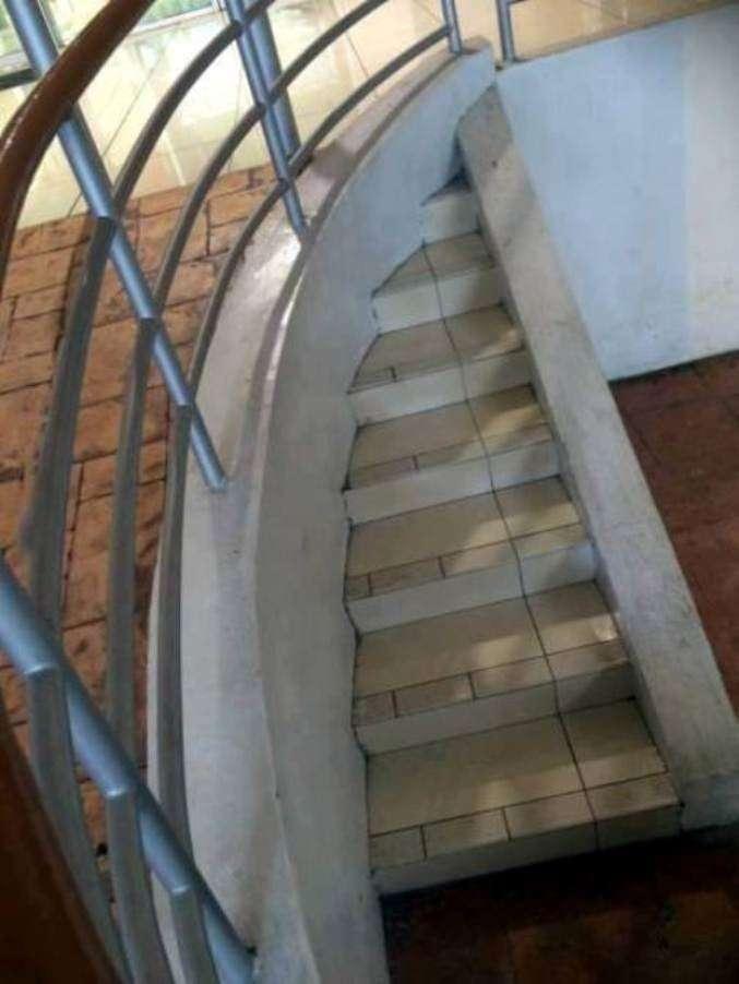 """Примеры """"современной архитектуры"""", которые точно строили """"на глазок""""-15 фото-"""