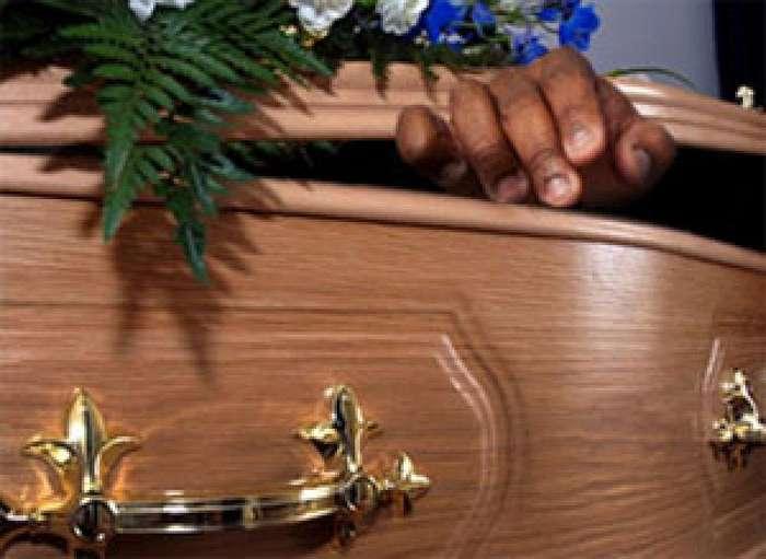 Вздремнуть на каталке для трупов или люди, которые проснулись в морге