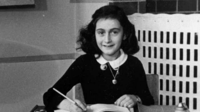 Искусственный интеллект расследует дело 70-летней давности