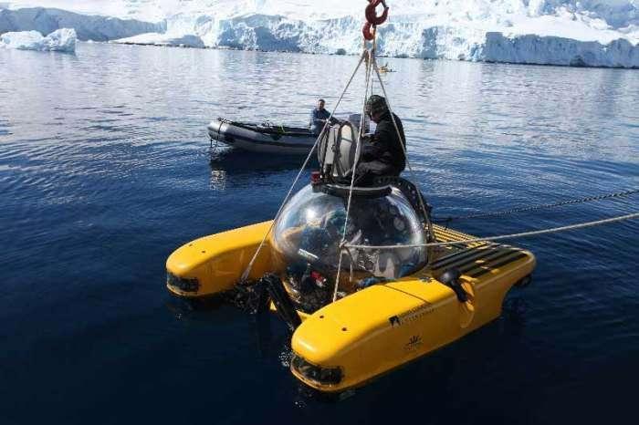 Aston Martin превратил спортивный автомобиль в подводную лодку