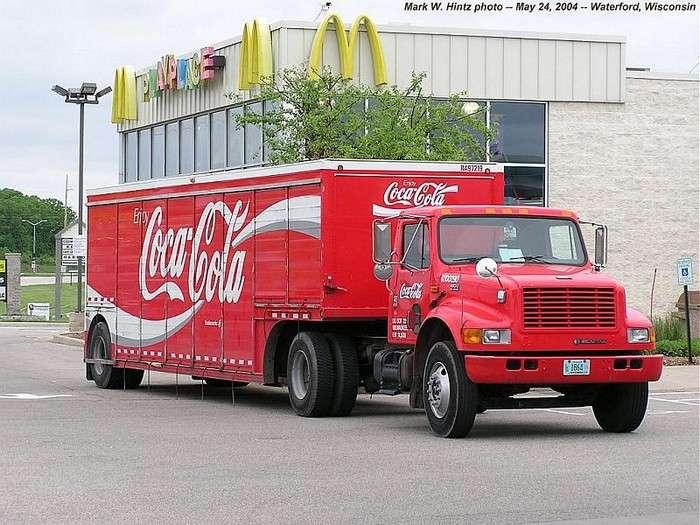 Секреты производителя: Почему -Кока-кола- вкуснее в -Макдоналдс-?