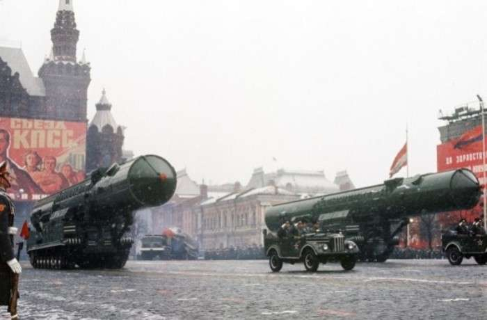 РТ-20: Первая советская ракета, которая могла не только летать, но и ездить по Красной площади