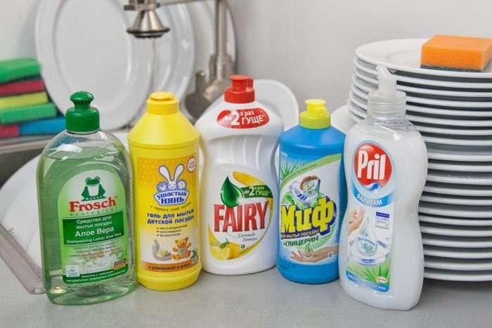 Как очистить полы до идеального блеска: Эффективное и бюджетное средство, которое есть дома у каждого