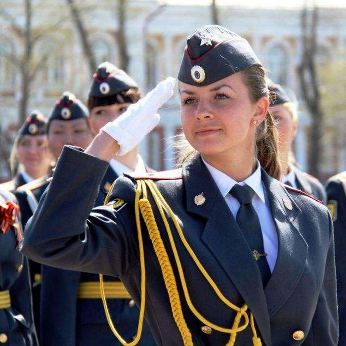Красавицы девушки в полиции России