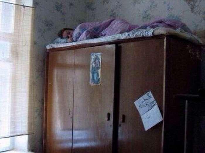 Фото из женской общяги, которые не стоит показывать родителям
