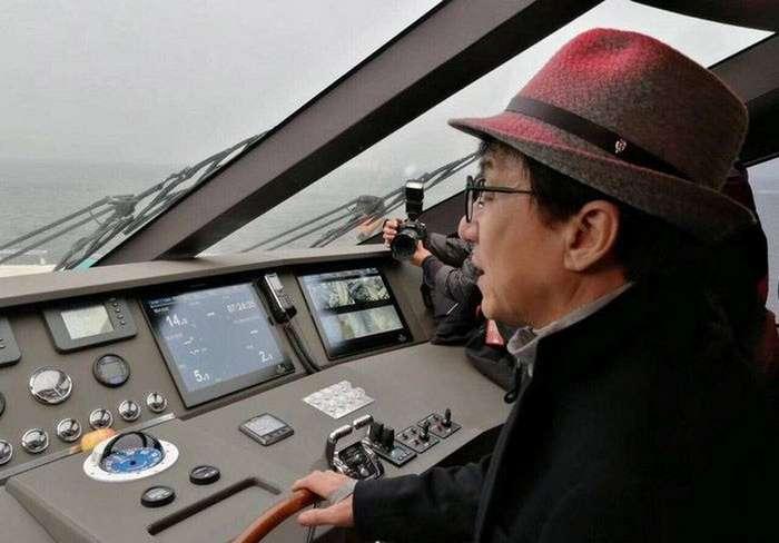 Джеки Чан купил новую крутую 38-метровую яхту
