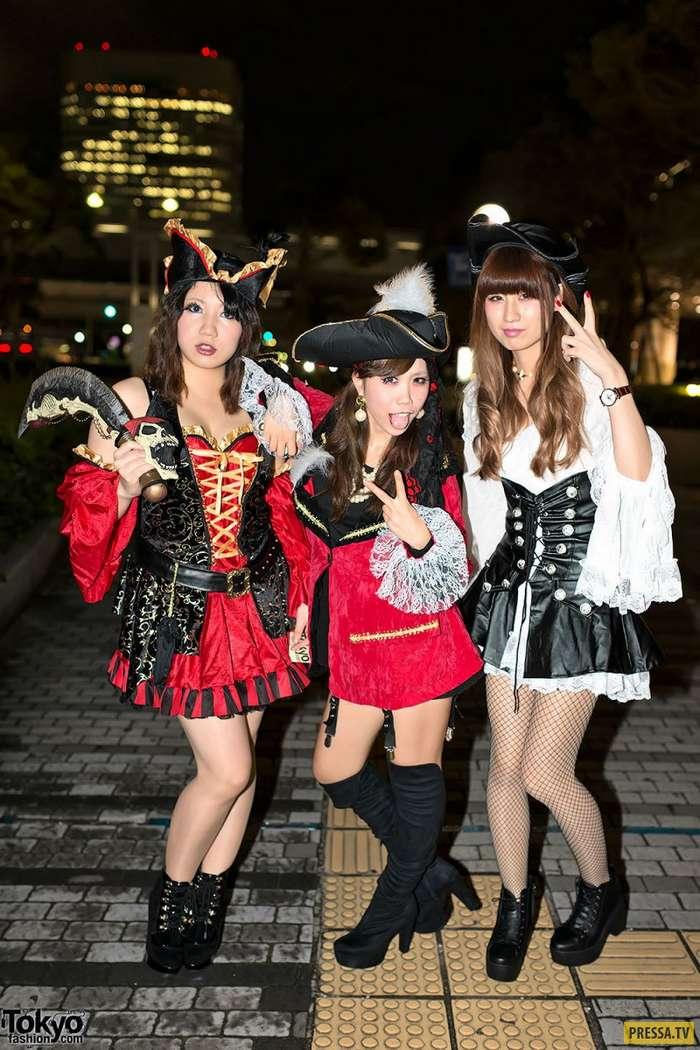 Удивительные и яркие модники с улиц Токио (40 фото)