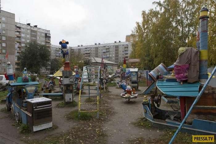 Очень странная детская площадка в Барнауле (6 фото)