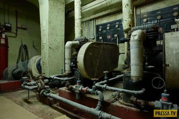 Британская семья проживает в бывшем ядерном бункере (5 фото)