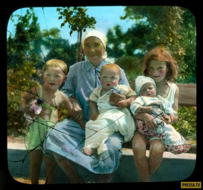 Раскрашенные вручную фотографии Одессы 30-х годов (22 фото)