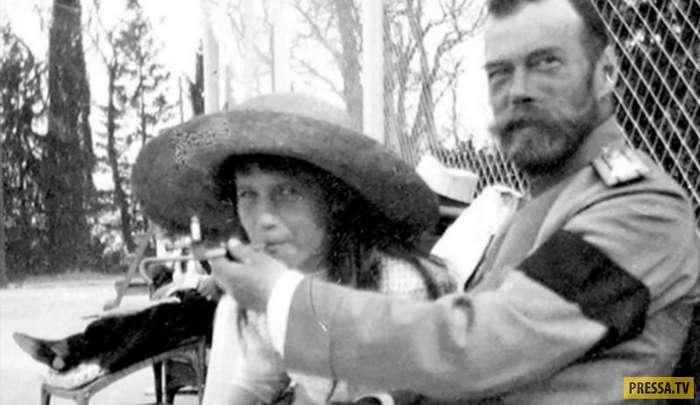 Редкие фотографии последней царской семьи в 1918 году (11 фото)