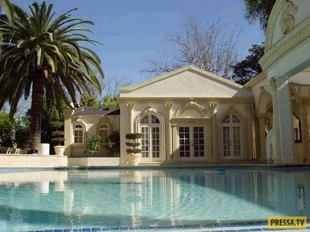 Дворец за 10 миллионов долларов президента нищей Зимбабве Роберта Мугабе (10 фото)