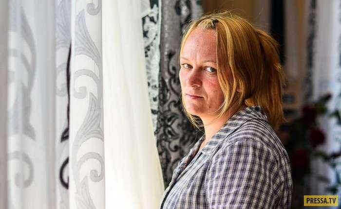 Сложная и бесхитростная жизнь в женских колониях (23 фото)