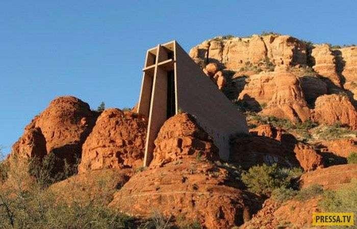 Топ 10: Самые странные храмы в мире (11 фото)