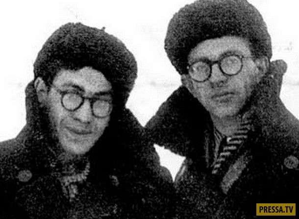 Прошедшие лагеря... Перипетии жизни Валерия Фрида и Юлия Дунского - сценаристов культовых советских фильмов (11 фото)