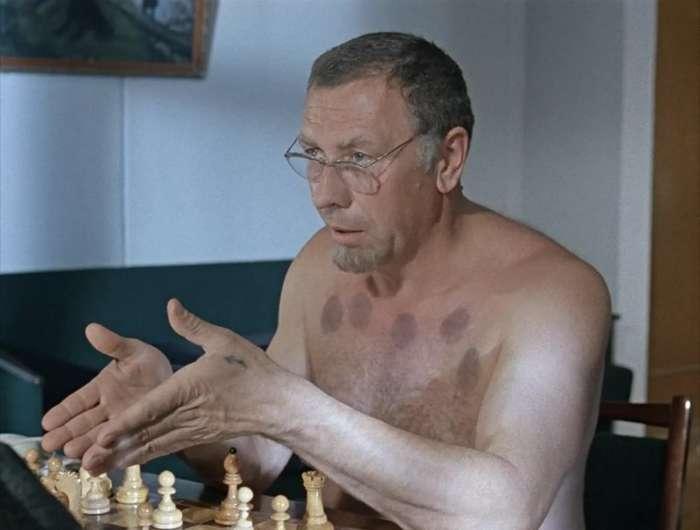Лучшие образы Анатолия Папанова: от комедий до военных ролей-12 фото-
