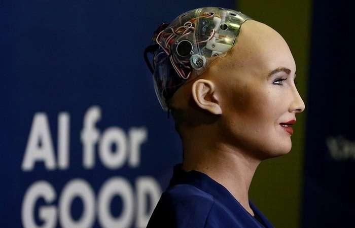 Хроника текущих открытий: получивший гражданство робот и умные татуировки-7 фото + 2 видео-