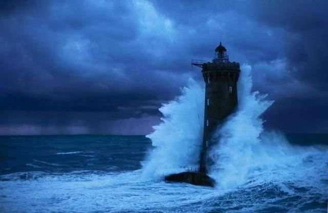 Подвиг на маяке-1 фото-