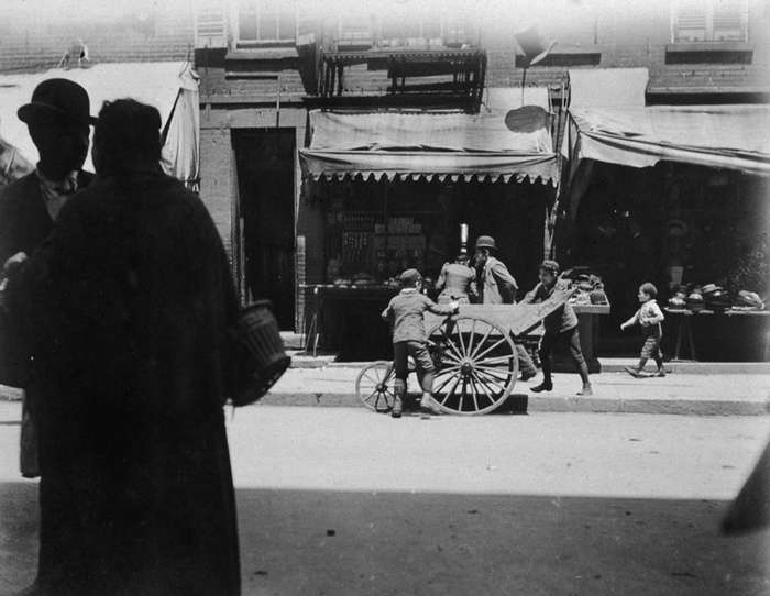Неприятные районы и тревожные лица — как была устроена жизнь банд и обитателей Нью-Йорка XIX века-32 фото + 3 гиф-