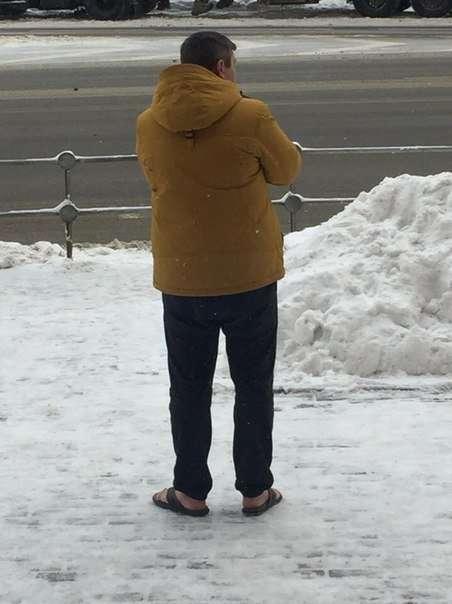 Морозы пришли в Россию. Сезон бикини объявляется открытым-20 фото + 1 гиф-