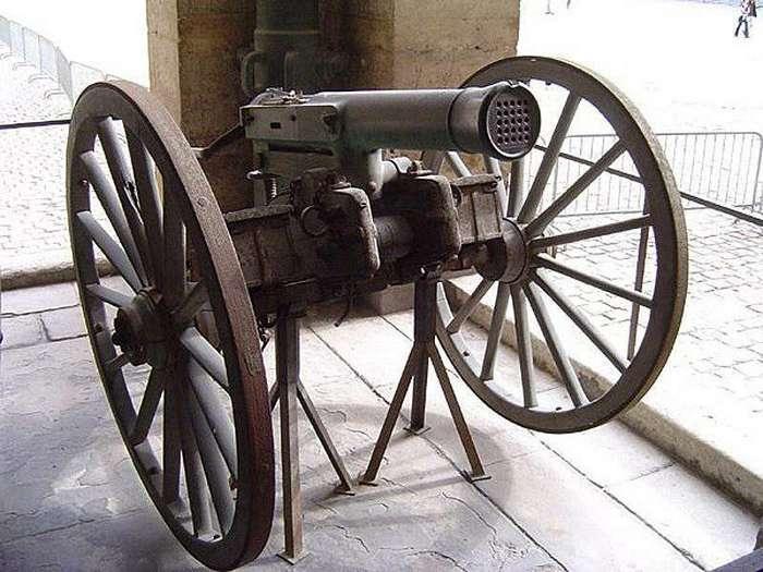 Старшая сестра пулемёта. Чем прославилась картечница Гатлинга?-23 фото-
