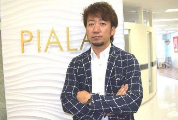 Японская компания подарила некурящим сотрудникам 6 дополнительных выходных дней-6 фото-