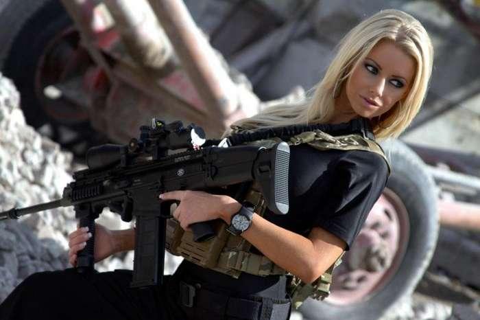 После этого случая в оружейном магазине я блондинок реально побаиваюсь-2 фото-