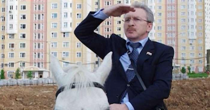 Работники московского ГУВД выписали сами себе предпраздничные премии-6 фото-