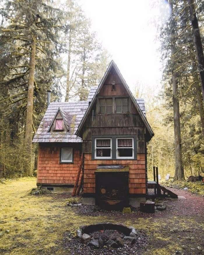 Потрясающие деревянные коттеджи в лесу!-6 фото-