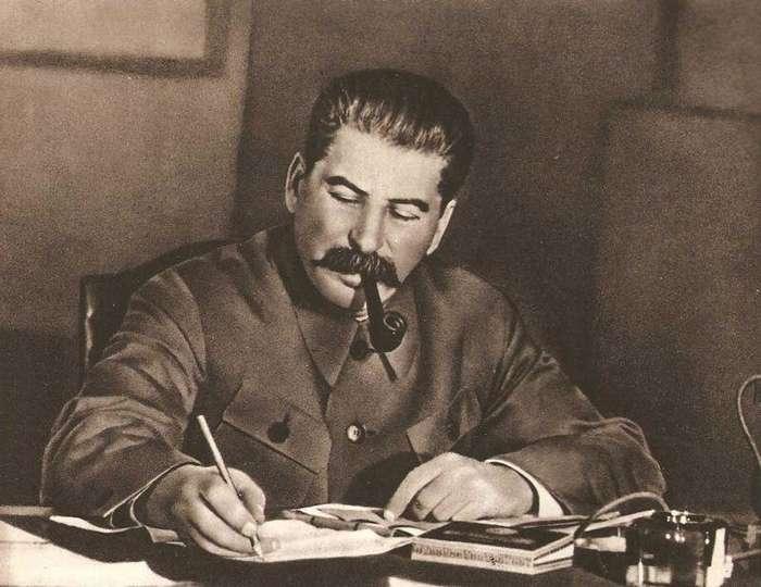 Сколько зарабатывал Сталин?-3 фото-