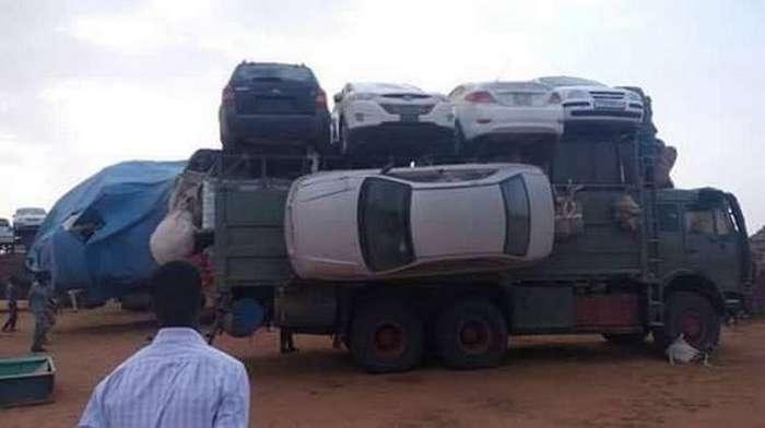 Технология перевозки легковых автомобилей в Судане-3 фото-