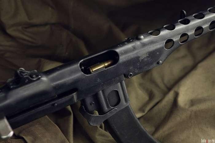 Пистолет-пулемет Судаева обр. 1943 г. Привет фашистам из блокадного города-6 фото-