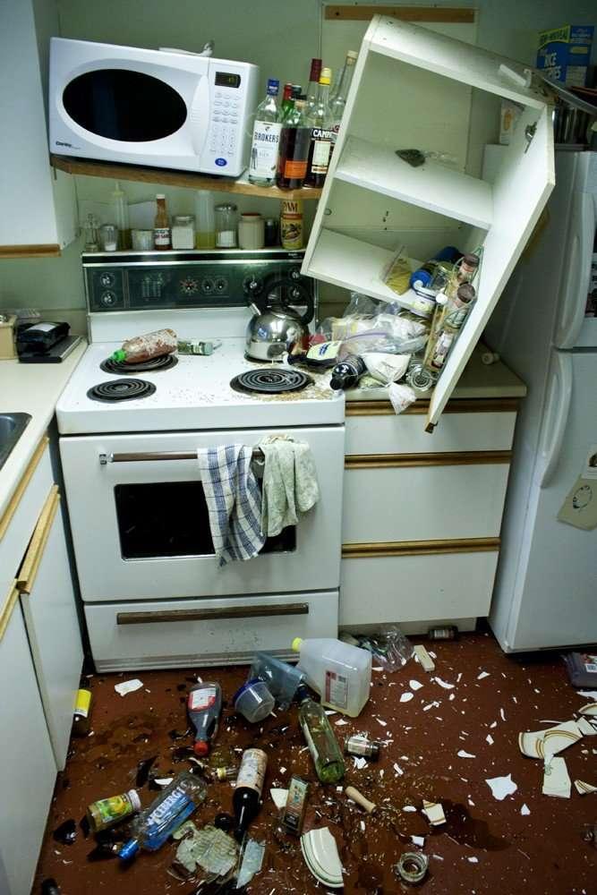 27 случаев, когда люди хотели бросить свой дом и уехать подальше-28 фото-