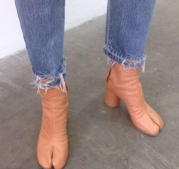 Дорогие девушки, пожалуйста, не носите эту обувь!-23 фото-
